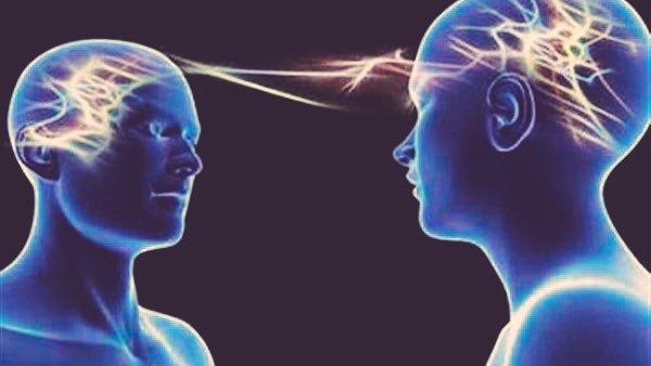 صورة قراءة افكار الاخرين , معرفه الاخرين من خلال قراءه افكارهم