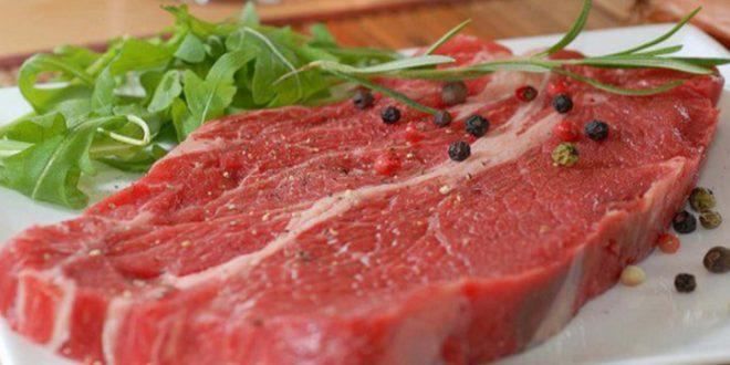 صورة توزيع اللحم النيء في المنام , تفسير حلم اللحمه النيه