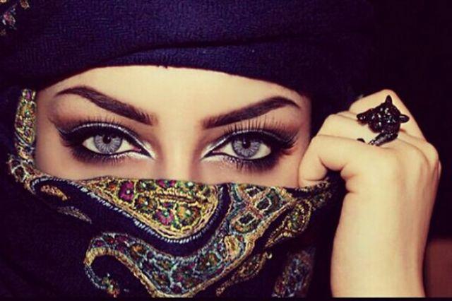 صورة عيون جميله وجذابه , عيون جميلة وحذابة جدااااا
