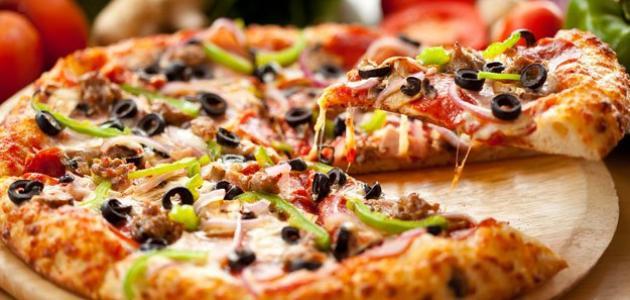 صورة طريقة عمل البيتزا الايطالية بالصور خطوة خطوة , بيتزا شهية جدا 439 5