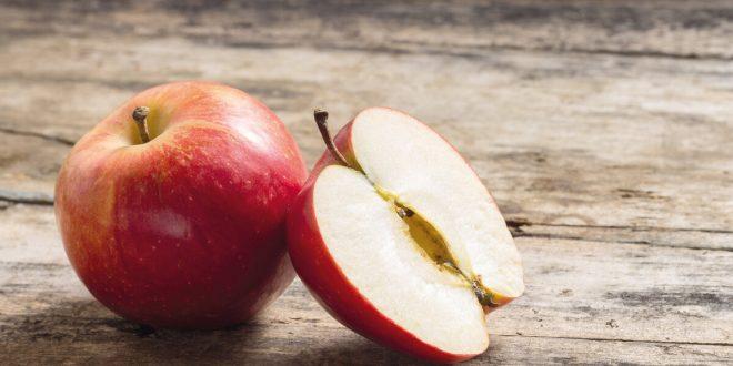صورة تفسير التفاح في الحلم , رايت انى اكل تفاح ماذا يعنى