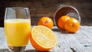 صورة فوائد عصير البرتقال الطبيعي , مشروب يمنع الشيخوخة ويطيل العمر تعرف عليه